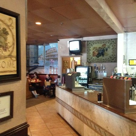 Giovanni's: Dining Entrance