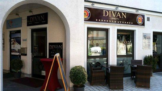 De 10 b sta restaurangerna i n rheten av hotel schempp for Divan restaurant