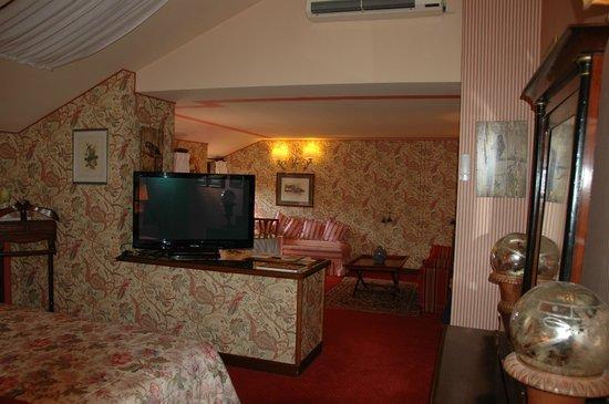 Hotel Villa Abbazia: partial view of suite