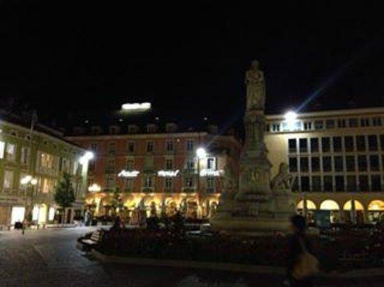 Stadt Hotel Citta: Stadt Hotel Città di notte