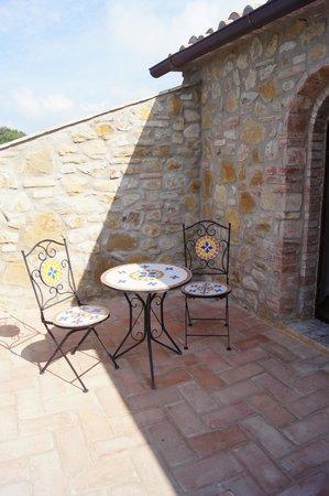 Casa Podere Monti : Back patio