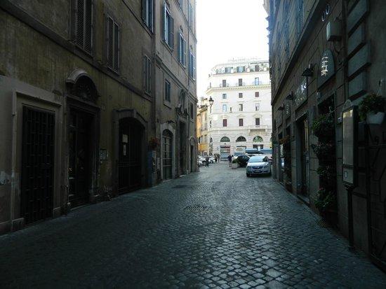 White Hotel: Via in Arcione
