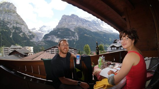 Hotel Alte Post: balcony view of mountains