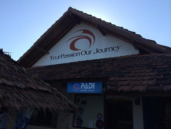 Cocotinos Manado : A trustworthy dive center in manado
