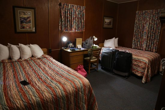Cozy Room Picture Of Rising Sun Motor Inn And Cabins