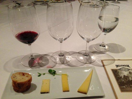 Intimate Wine Tours : Inglenook