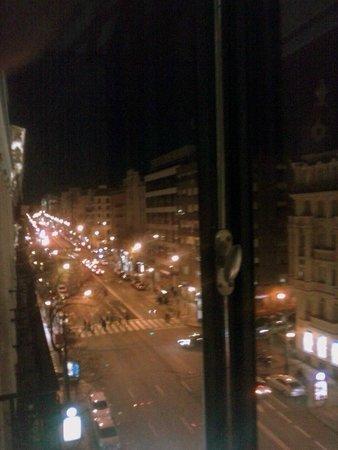 Catalonia Goya : Vista de la calle Goya desde mi habitación.
