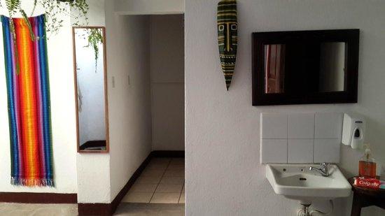 Mananas Hotel: Entrada a habitaciones