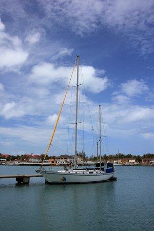 Miramar Sailing: Hawnalea waiting for us at 10:30am