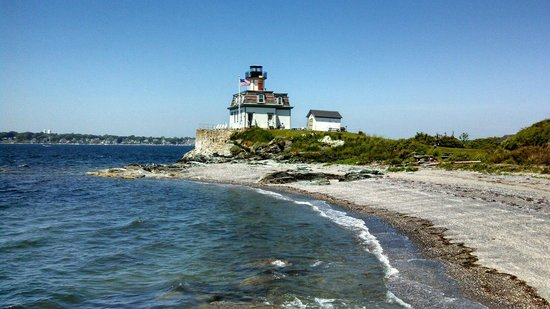 Rose Island Lighthouse and Newport Harbor Tour