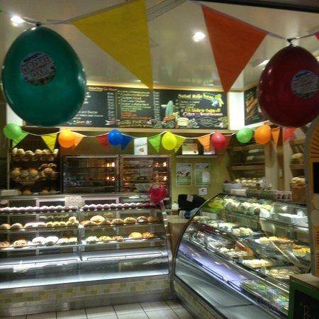 Peregian Beach Bakery : the shop ...