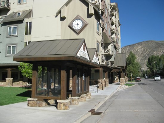 Sheraton Mountain Vista Villas, Avon / Vail Valley: Front of Sheraton Vista Villas