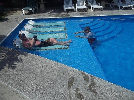 Hotel Castillo Huatulco Hotel & Beach Club : Beach Club Pool