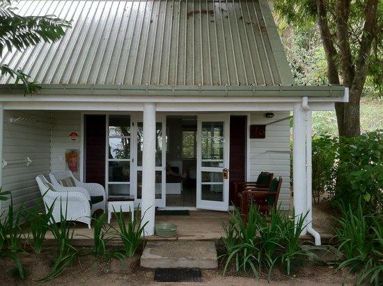 Malolo Island Resort: Outside of Cabin