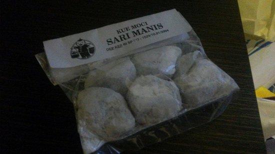 Prima Rasa Bakery and Pastry: Bandung mochi aka haklon da fun
