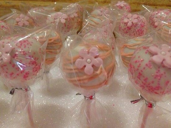 miss patti cake bridal shower cake pops
