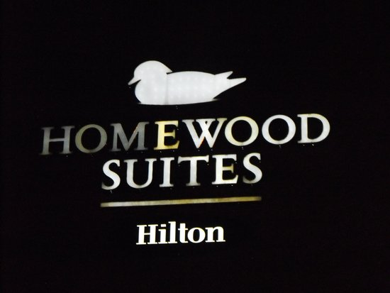 Homewood Suites by Hilton Indianapolis Northwest: exterior of the hotel  Night time