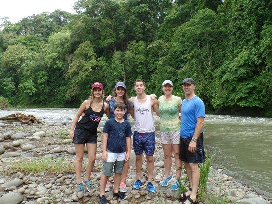 Costa Rica Descents: Descents Rafting