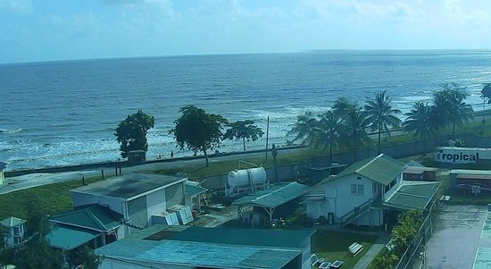 Pegasus Hotel Guyana: Sea Wall