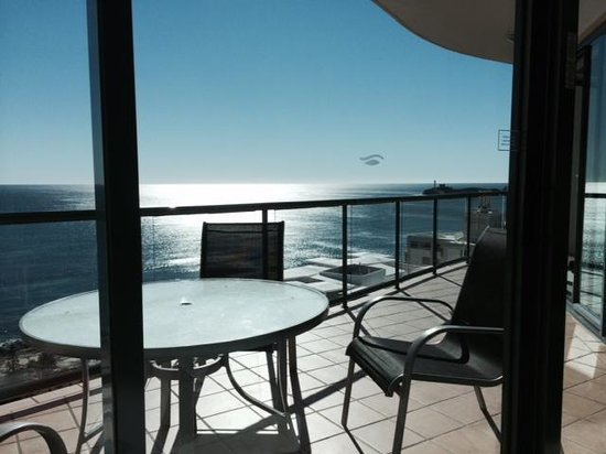 Mantra Mooloolaba Beach Resort: view while lying in bed in the PH