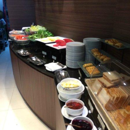 Viva Garden Serviced Residence: 朝食