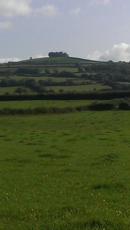 The Old Crown Inn: kelston round hill. 1 mile walk. beautiful views.