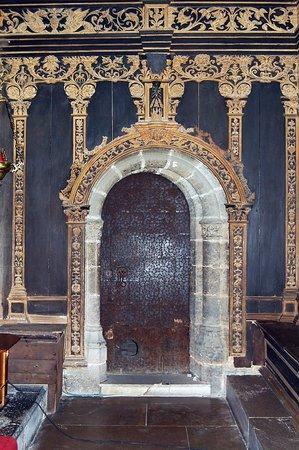 Convento de Santo Domingo: Capilla Real. Subida a la torre