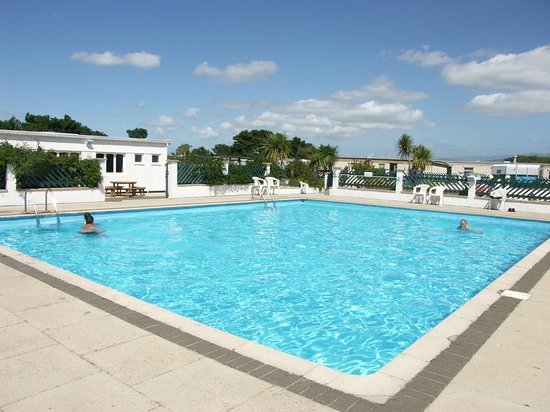 Happy Lads Picture Of Morfa Lodge Holiday Park Dinas Dinlle Tripadvisor