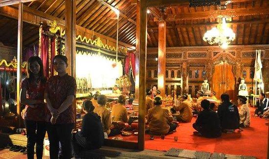 Puri Agung Resort Hotel