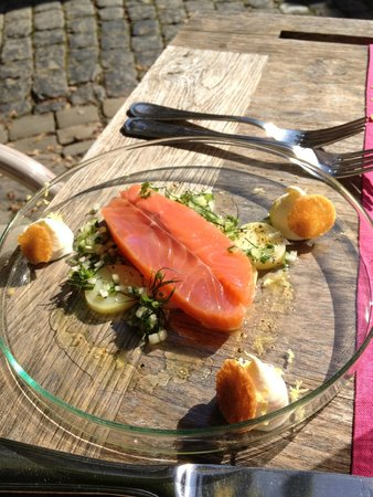 28 saumon fum en salade ti de de pommes de terre et - Salade pomme de terre saumon fume ...