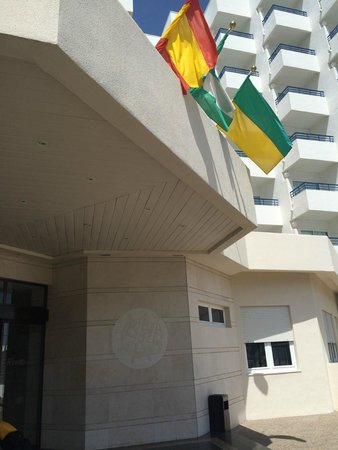 Hotel Puertobahía & Spa: Puerta de entrada principal