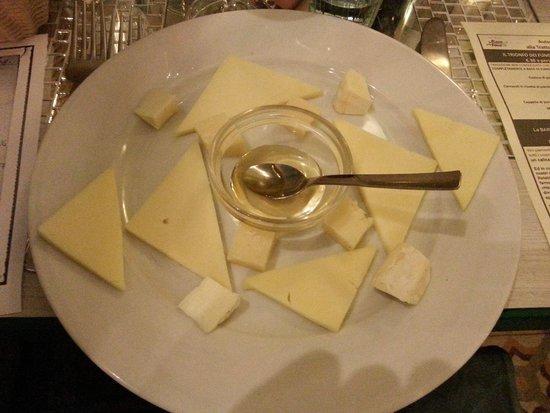 La Rava e la Fava: Misto di formaggi piemontesi