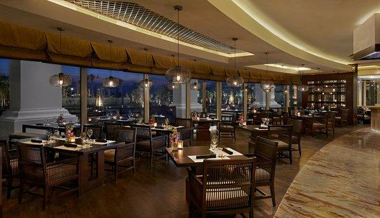 The 10 Best Restaurants Near Waldorf Astoria Dubai Palm