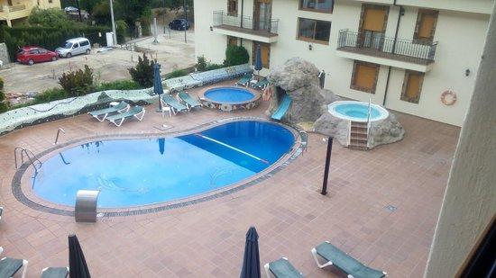 Piscina Con Jacuzzi Exterior.Piscina Y Jacuzzi Exterior Picture Of Hotel Parque De