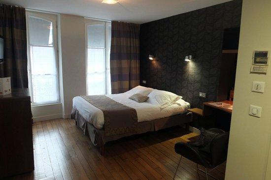 Hotel Victoria : La chambre