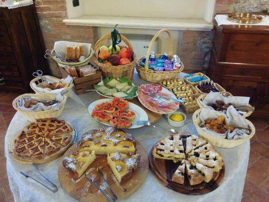Borgo Piaggiarella: ottima colazione