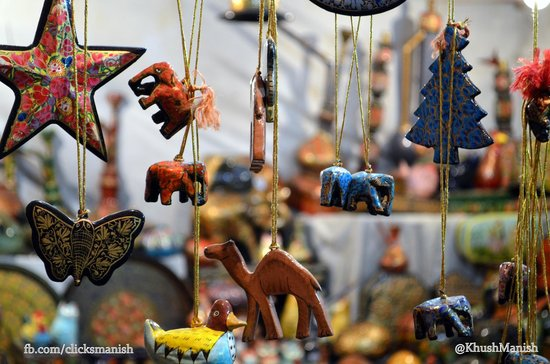 Dilli Haat: Color and happiness through my lense - Manish K Jha