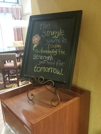 Hampton Inn & Suites Springfield - Southwest: Quote of the day in lobby