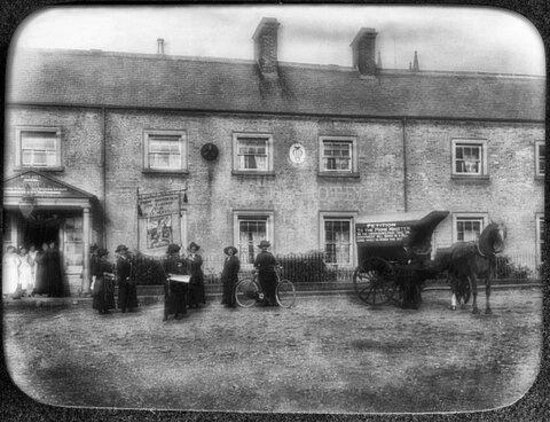 Belford Museum: Women's March for Suffrage from Edinburgh to London outside Blue Bell 1912