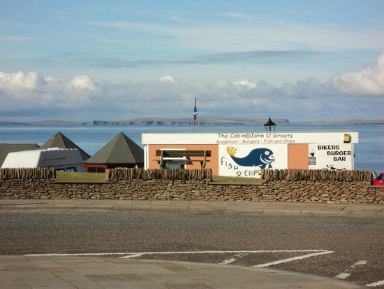 The Cabin at John O'Groats : Spotting The Cabin and the view from the parking lot