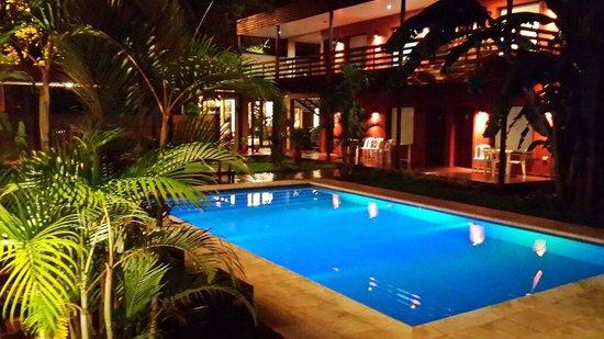 Costa Iguazu Apart Hotel: Hermosa pileta