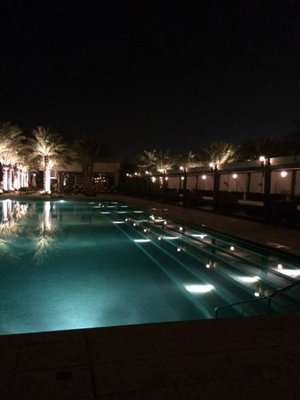 Waldorf Astoria Ras Al Khaimah : Lap pool
