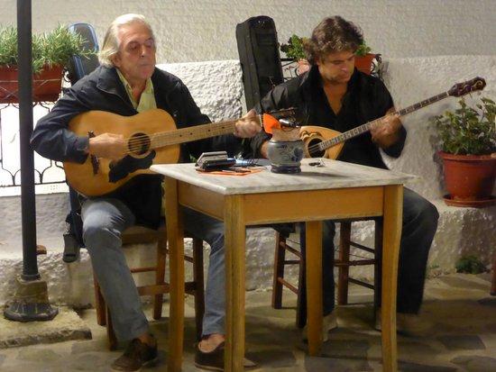 Anna's Restaurant: Live music Staurday evening