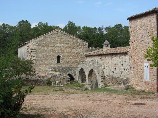 Abbey of Thoronet: Enceinte