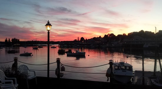 The Sunset Lounge at the Boothbay Harbor Inn: From the outdoor patio