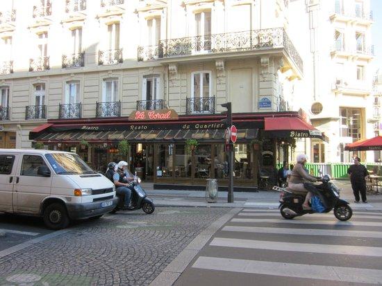 Le Corail: Street view