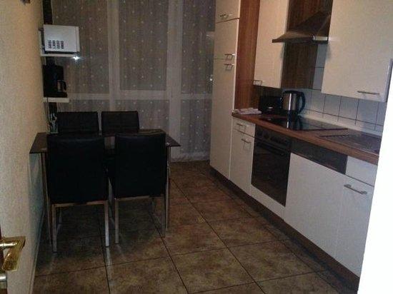 Petersburg Hotel : кухня
