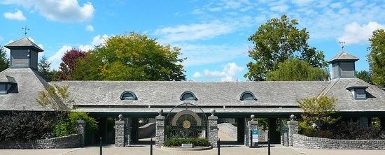 Visitor's Center and Gift Shop building - Picture of Kentucky Horse