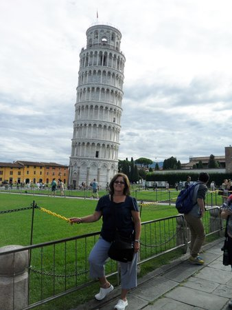 Florence Connection: Leaning Tower of Pisa