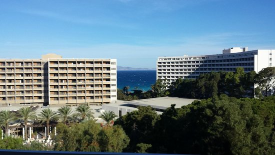 Dionysos Hotel: il panorama dalla stanza (quinto piano)